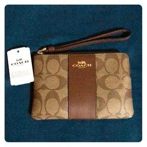 Coach | Small Wristlet Wallet